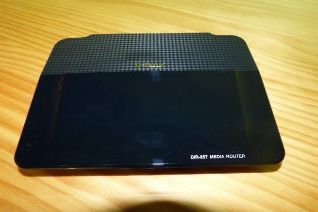 Vista frontal del router D-Link DIR-857