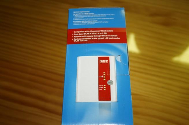 Lateral de la caja del FRITZ!WLAN Repeater 300E