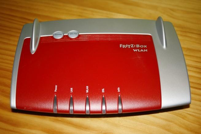 Parte superior del FRITZ!Box WLAN 3370
