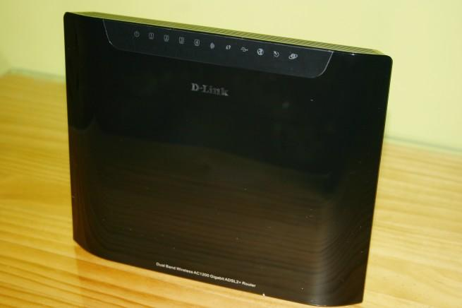 Vista frontal del router D-Link DSL-3580L