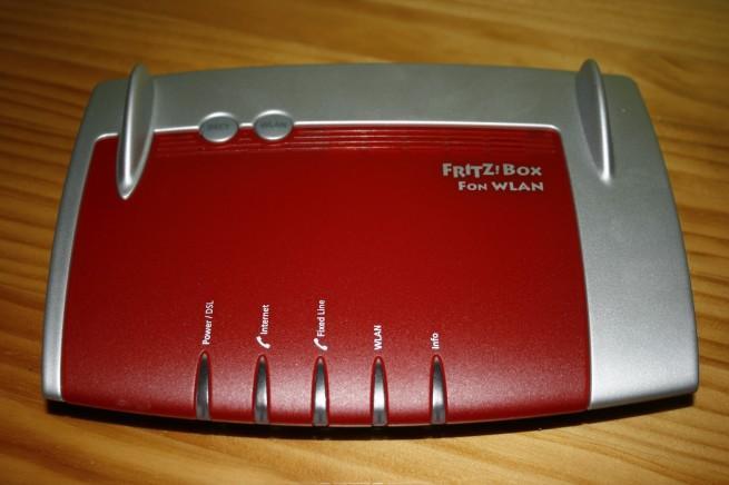 Vista frontal del router FRITZ!Box 7360