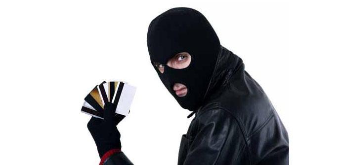 Robo de tarjetas de débito y crédito