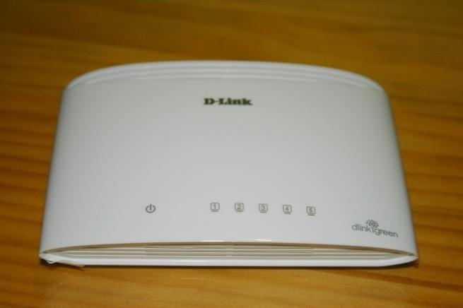 Vista frontal del switch D-Link DGS-1005D