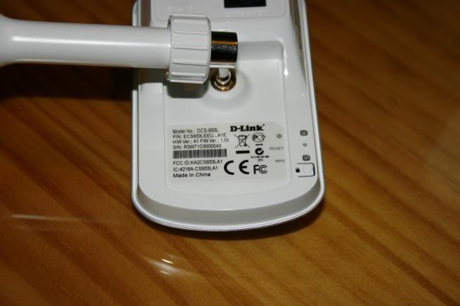 Vista trasera inferior de la cámara IP D-Link DCS-933L