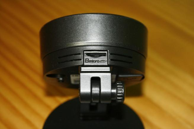 Ranura microSD de la cámara IP Foscam C1