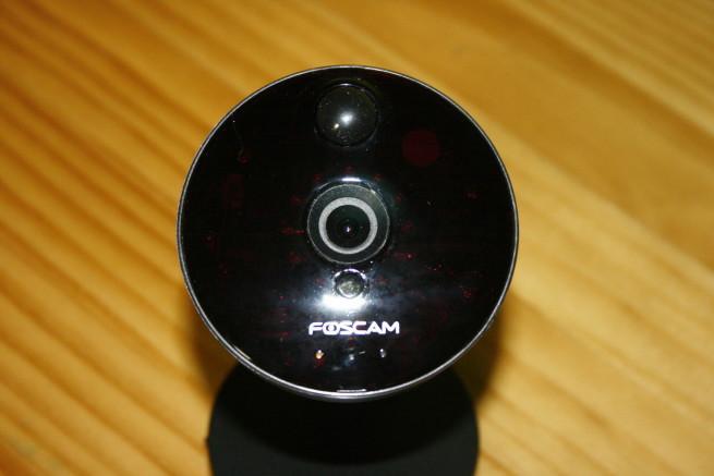 Frontal de la cámara IP Foscam C1