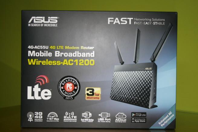 Frontal de la caja del router ASUS 4G-AC55U