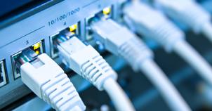Ver noticia 'Cómo forzar a Windows 10 a usar la red cableada cuando esté disponible dando mayor prioridad a la tarjeta de red'