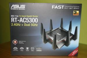 Frontal de la caja del ASUS RT-AC5300