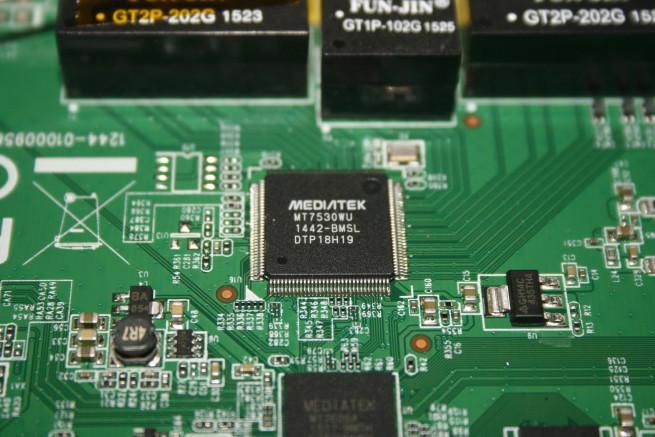 Switch Gigabit Ethernet MediaTek del router Edimax EW-6478AC V2