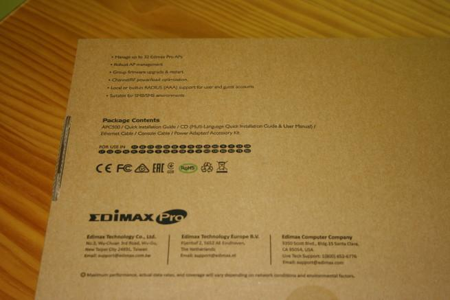 Trasera de la caja del controlador Edimax APC500