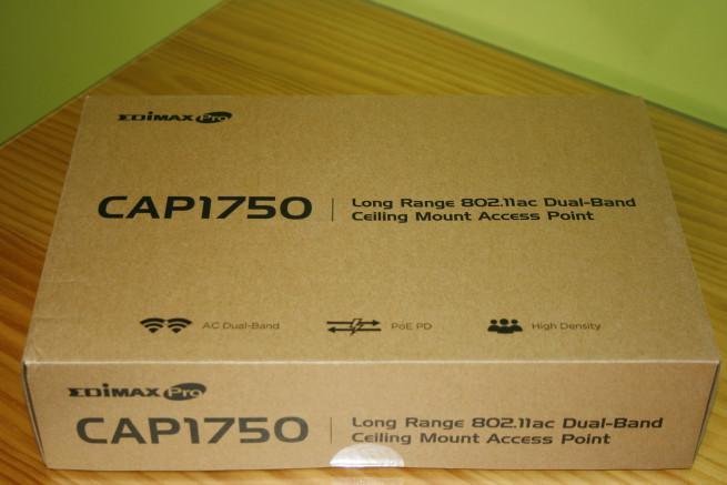 Frontal de este AP empresarial Edimax CAP1750