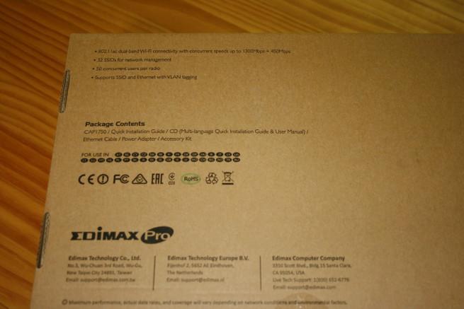 Trasera de la caja del AP Edimax CAP1750
