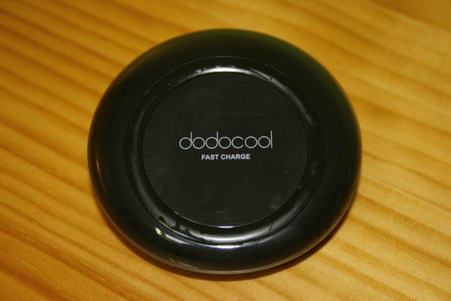 Frontal del cargador inalámbrico dodocool Fast Wireless Charger