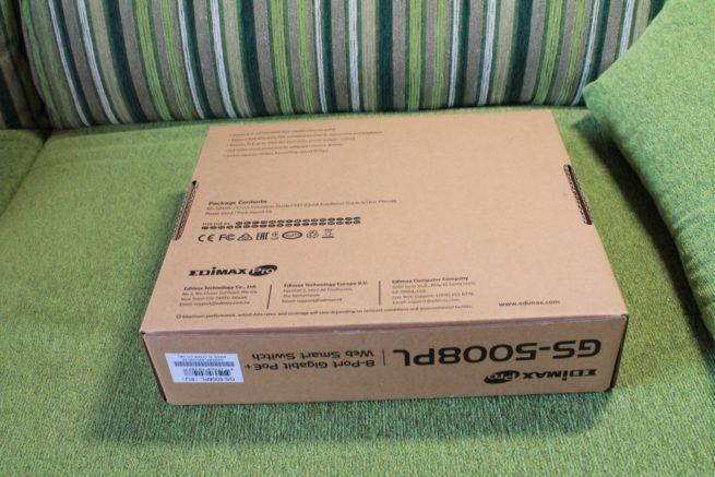 Trasera de la caja del dispositivo Edimax GS-5008PL