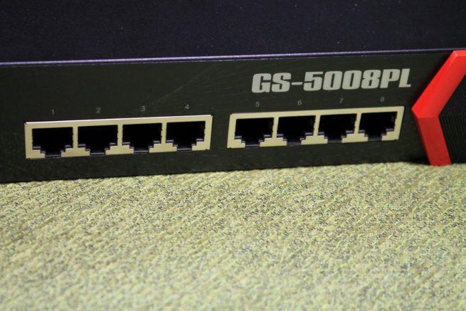 Puertos de red del switch Edimax GS-5008PL