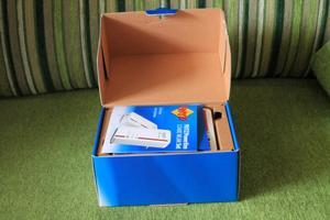 Apertura de la caja del PLC FRITZ!Powerline 1240E Set