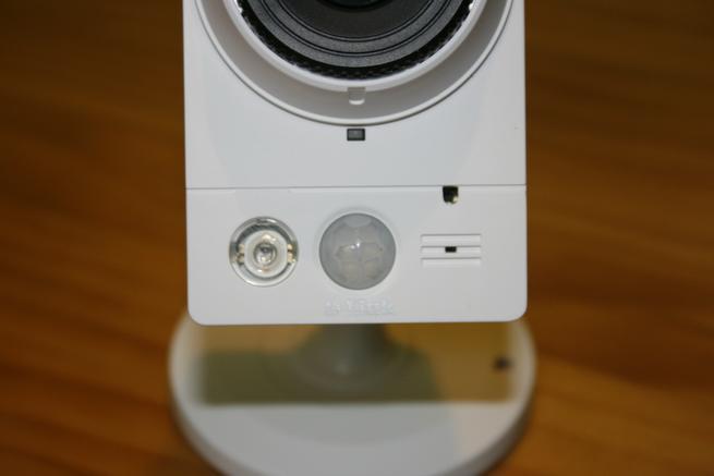 Sensor PIR y de luz de la cámara IP D-Link DCS-2210L