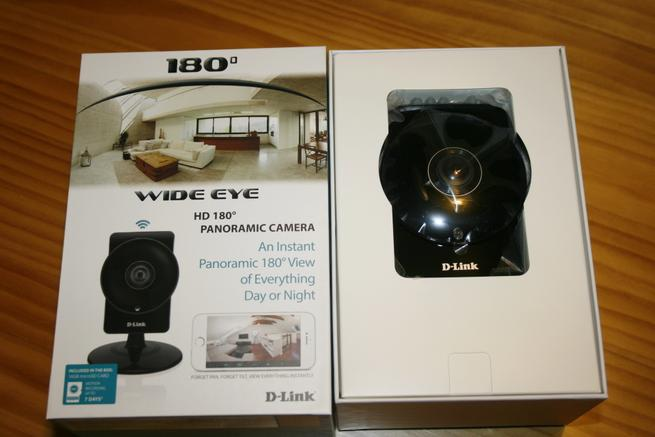 Interior de la caja de la cámara IP D-Link DCS-960L