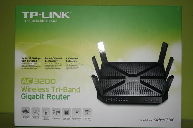Frontal de la caja del router TP-Link Archer C3200
