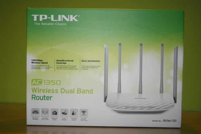 Frontal de la caja del router TP-Link Archer C60