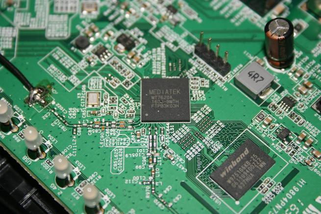 CPU Mediatek del router principal ASUS RT-AC52U B1