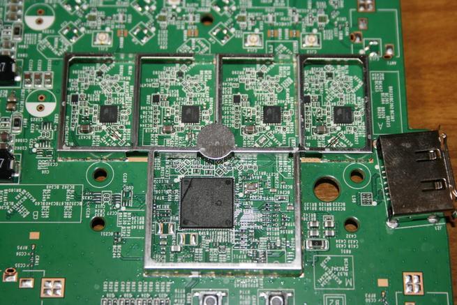 Wi-Fi 5GHz con Wi-Fi AC del router neutro NETGEAR R7800