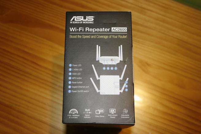 Lateral derecho de la caja del repetidor Wi-fi ASUS RP-AC87