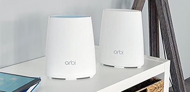 Router y satélite para amplificar la señal WiFi