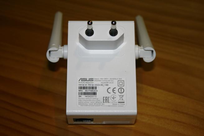 Conector de enchufe del repetidor Wi-Fi ASUS RP-AC51