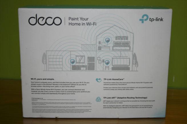 Trasera de la caja del sistema Wi-Fi mesh TP-Link Deco M5