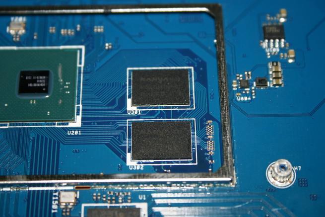 Pastillas de memoria RAM del router ASUS GT-AC5300