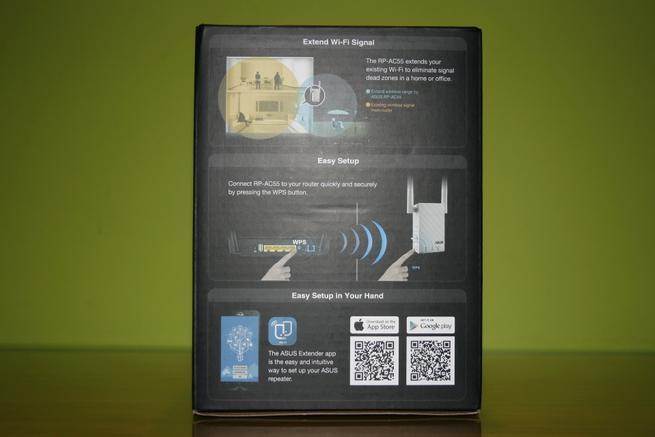 Trasera de la caja del repetidor Wi-Fi ASUS RP-AC55