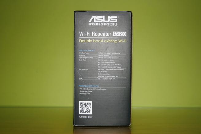 Lateral izquierdo del repetidor Wi-Fi ASUS RP-AC55