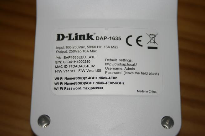 Pegatina trasera del repetidor Wi-Fi D-Link DAP-1635