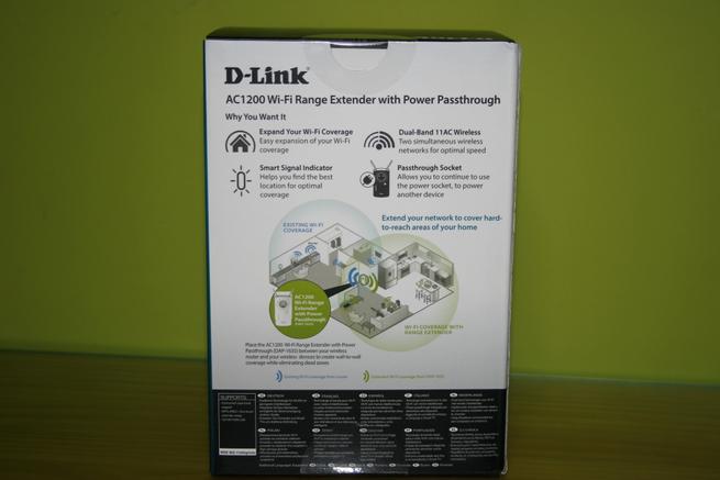 Trasera de la caja del repetidor Wi-Fi D-Link DAP-1635 en detalle