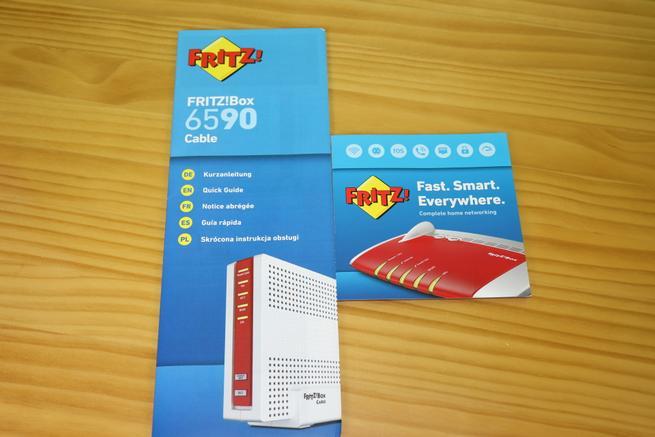 Documentación del router FRITZ!Box 6590 Cable con la guía de instalación rápida