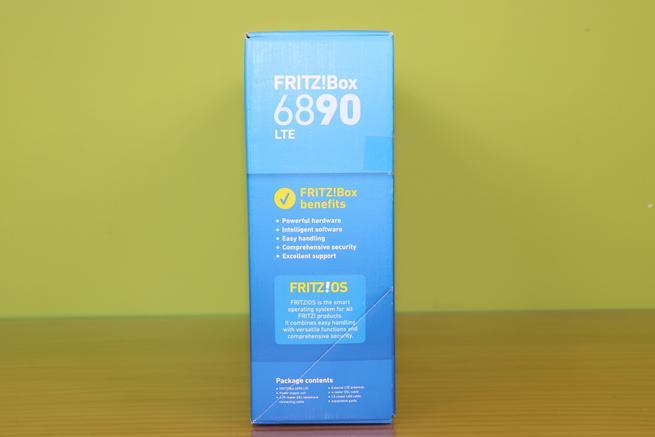 Lateral derecho de la caja del router FRITZ!Box 6890 LTE