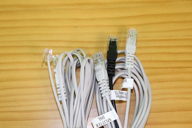 Cables xDSL y teléfono del router FRITZ!Box 6890 LTE