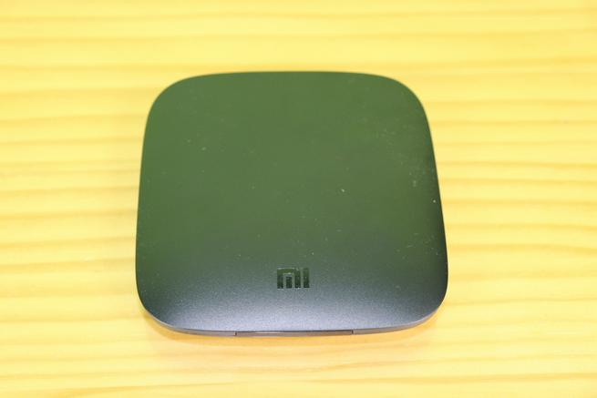 Frontal del reproductor multimedia Xiaomi Mi TV Box 4K