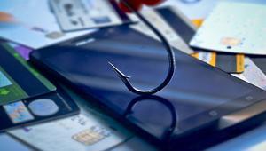 Así puedes protegerte del phishing en el móvil ante los últimos ataques crecientes
