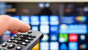 ¿Merece la pena contratar un servicio IPTV para series y cine?
