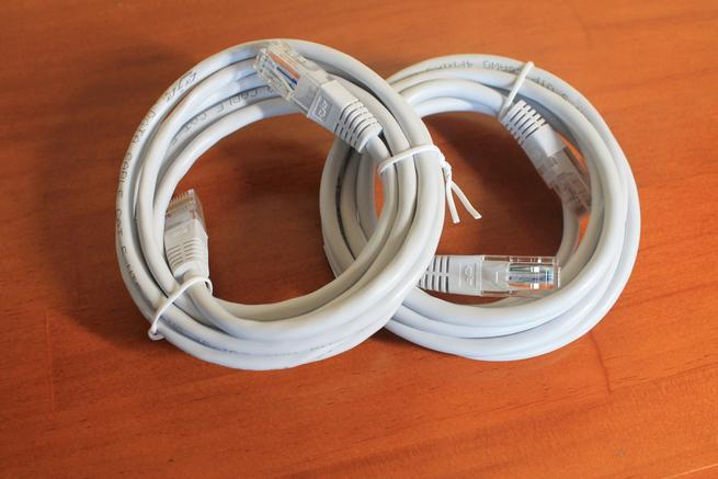 Cables de red incluidos junto con los TP-Link TL-WPA7510 KIT
