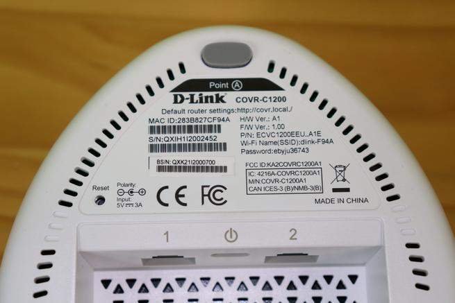 Zona inferior del nodo 1 del sistema Wi-Fi Mesh D-Link COVR-C1203