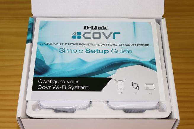 Interior de la caja del D-Link COVR-P2502