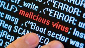 Cómo protegernos de PROPagate, el nuevo ataque informático que instala malware y mina criptomonedas sin darnos cuenta