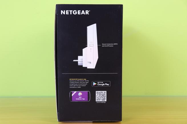 Lateral izquierdo de la caja del repetidor Wi-Fi NETGEAR Nighthawk X4S EX7500