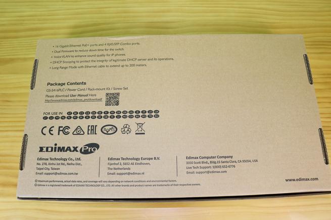 Trasera de la caja del switch PoE+ Edimax GS-5416PLC