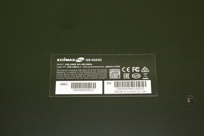 Pegatina del switch gestionable Edimax GS-5424G en detalle