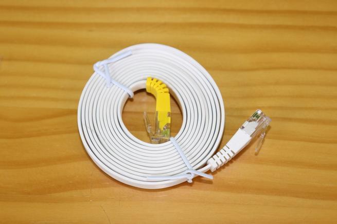 Cable de red plano del router AVM FRITZ!Box 7530